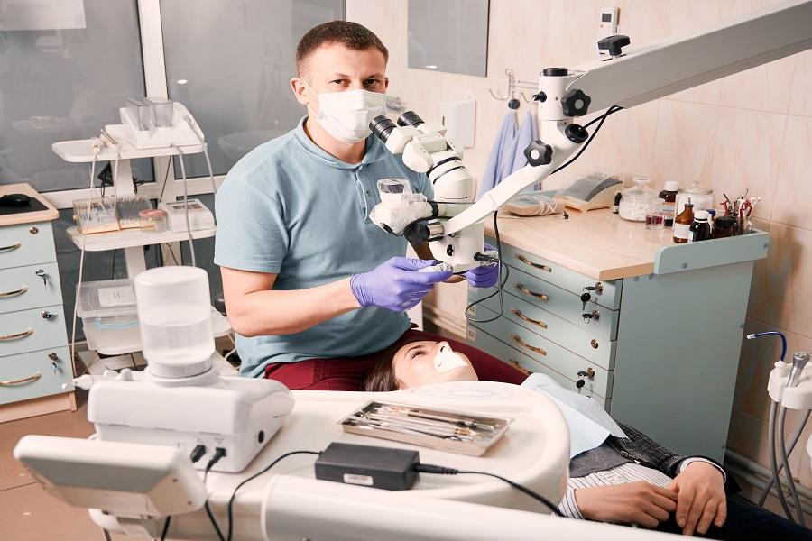 Quels sont les avantages d'un centre dentaire à Paris ?